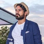 Blogger Alberto Reyes - Modelo