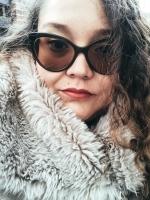 Blogger     Karla Jay Ruano - Content Creator
